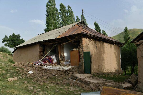 Землетрясение, произошедшее рано утром, застало всех врасплох. - Sputnik Таджикистан