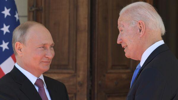 Женева в преддверии саммита президента России В. Путина и президента США Дж. Байдена - Sputnik Таджикистан