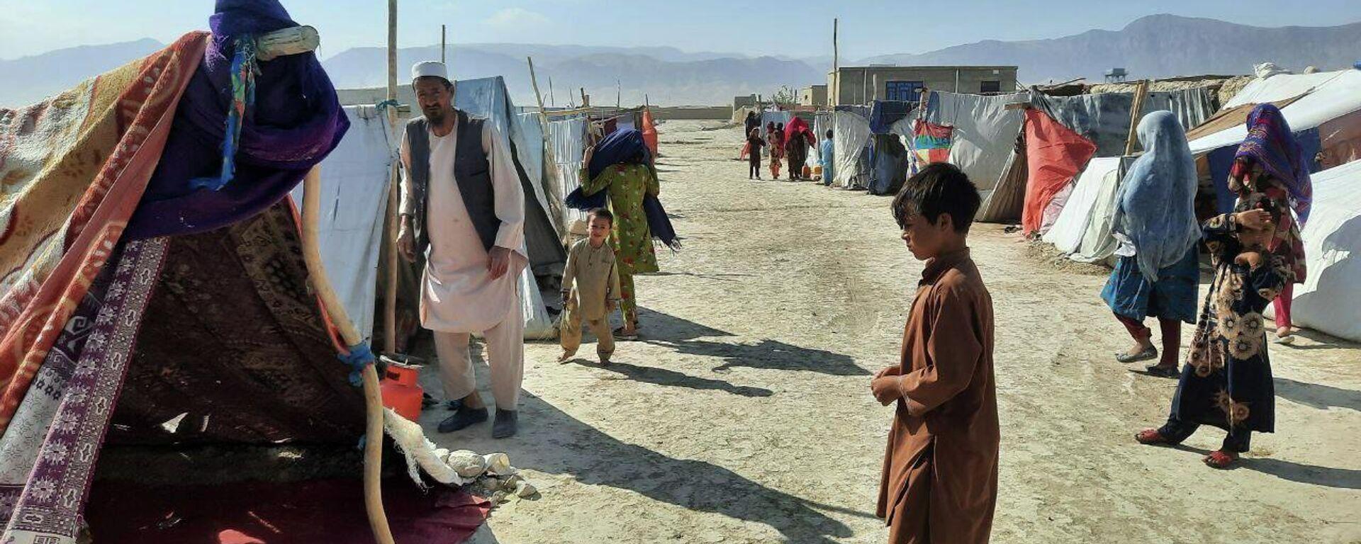 Лагерь беженцев в Мазари-Шарифе - Sputnik Таджикистан, 1920, 26.07.2021