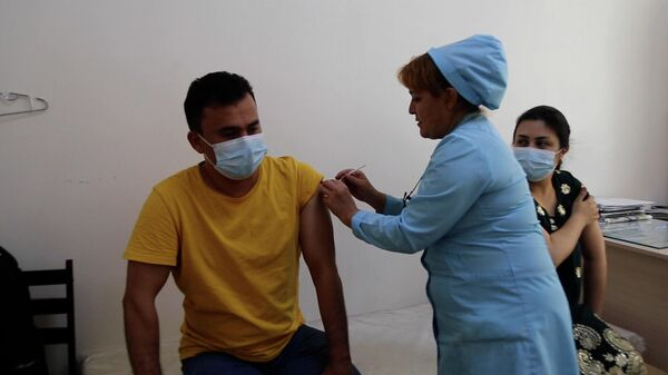 Вакцинация от коронавируса в Таджикистане - Sputnik Тоҷикистон