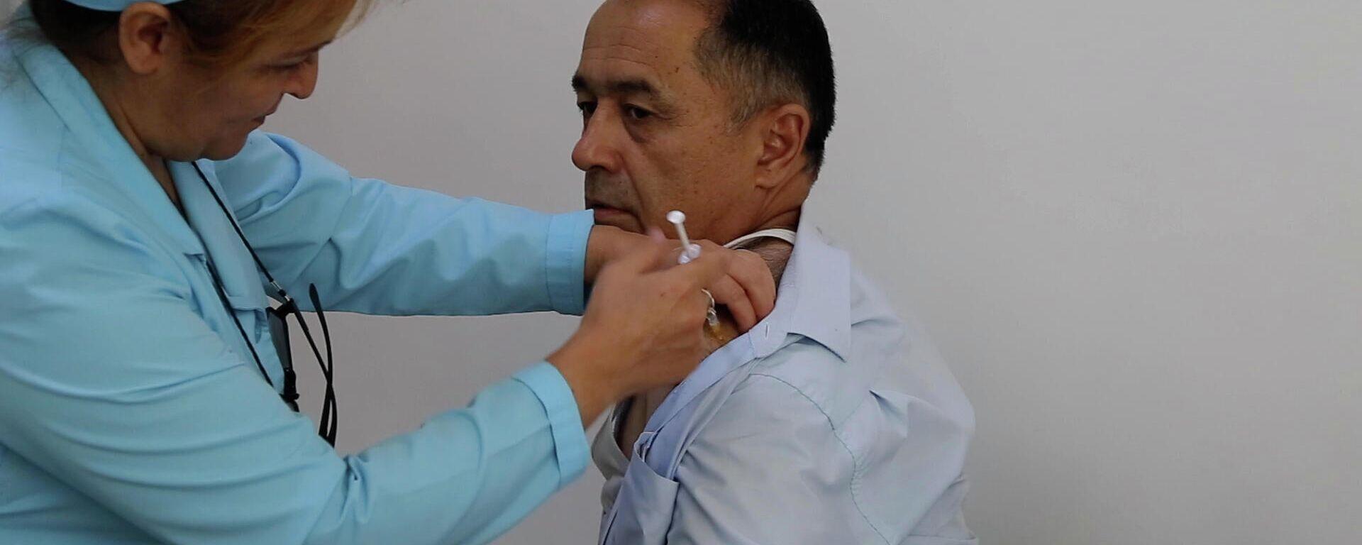 Вакцинация от коронавируса в Таджикистане - Sputnik Таджикистан, 1920, 08.08.2021