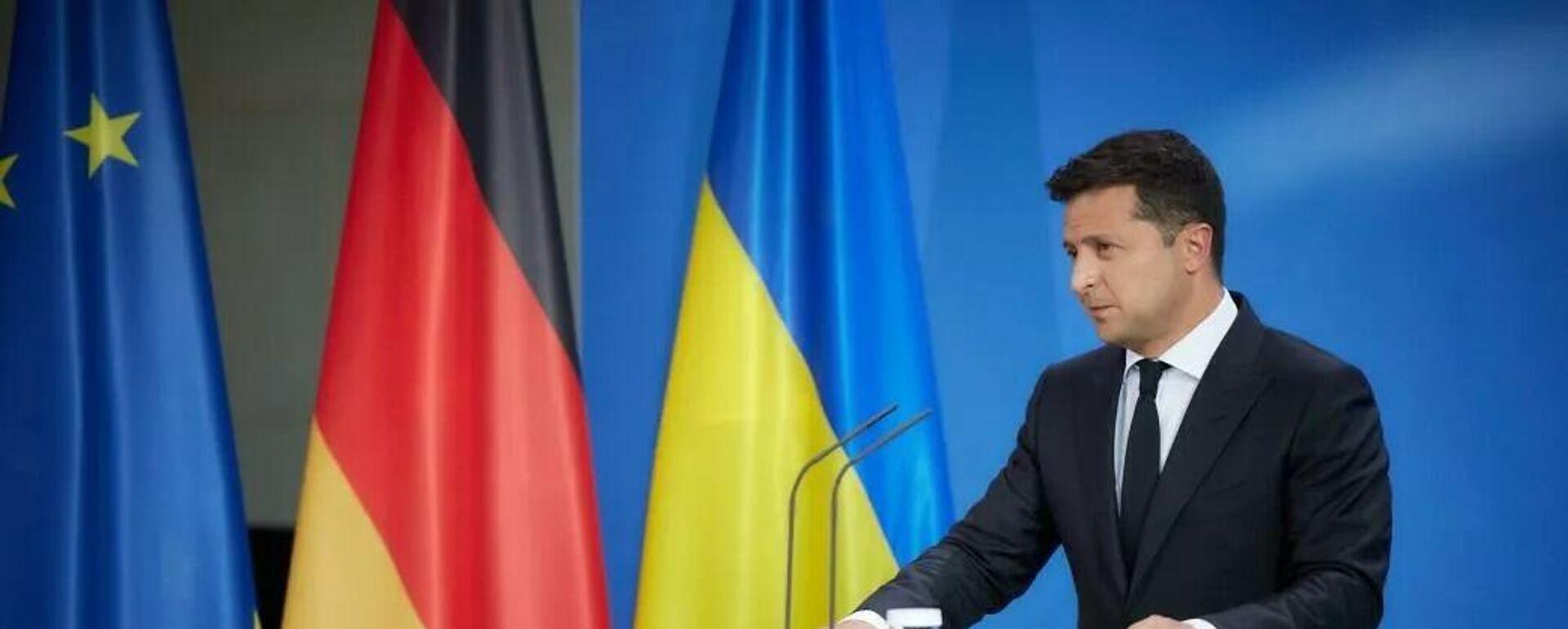 Рабочий визит президента Украины Владимира Зеленского в Германию - Sputnik Таджикистан, 1920, 16.07.2021