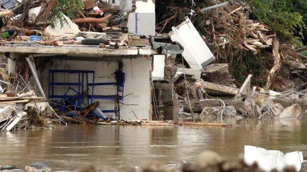 Германия после наводнения: кадры города Дернау  - Sputnik Таджикистан