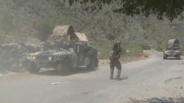 Видео боев армии Афганистана с талибами - Sputnik Таджикистан