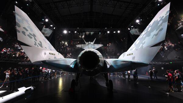 Презентация нового военного самолета Checkmate - Sputnik Таджикистан