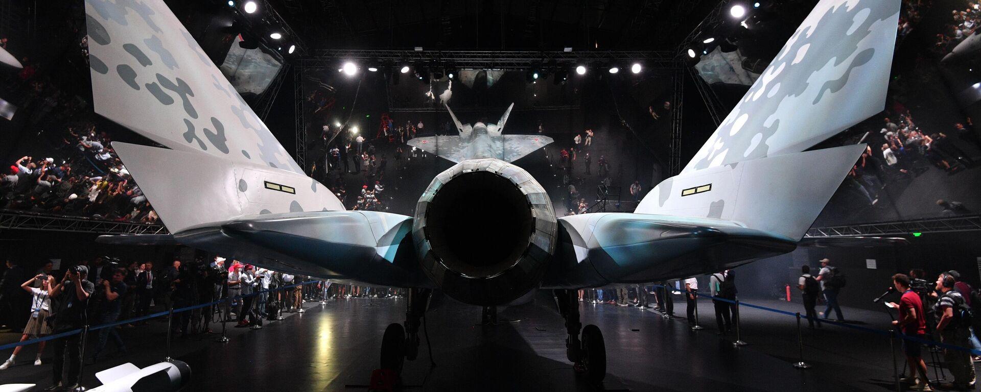 Презентация нового военного самолета Checkmate - Sputnik Таджикистан, 1920, 12.09.2021