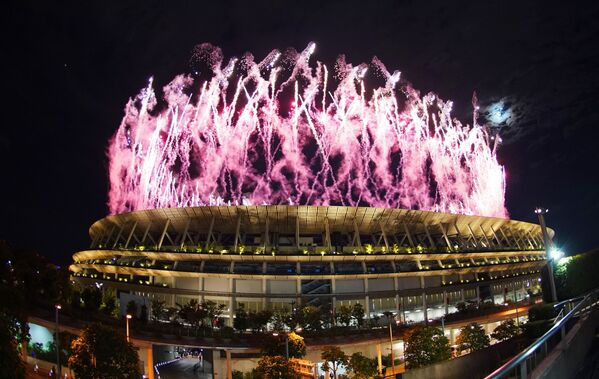 Салют над Национальным олимпийским стадионом. - Sputnik Таджикистан