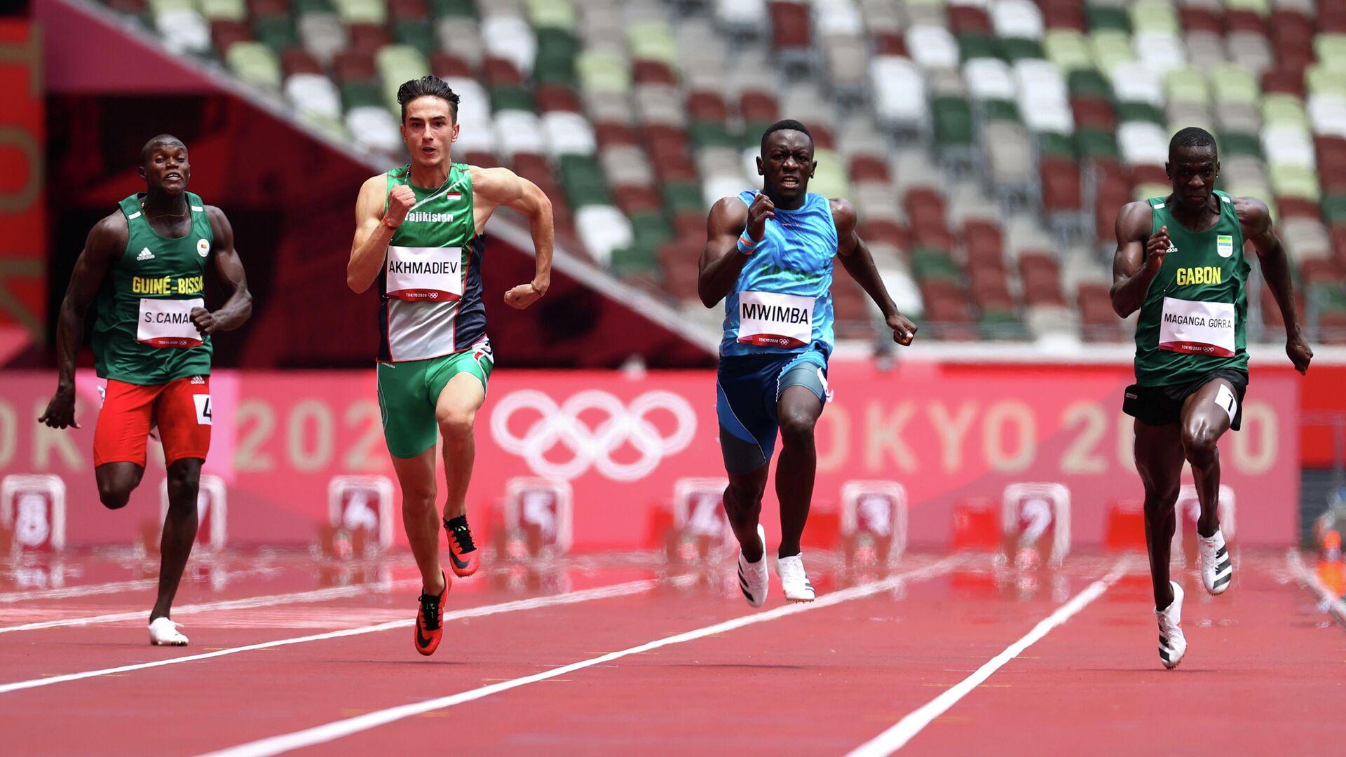 Бегун Ильдар Ахмадиев на Олимпиаде в Токио - Sputnik Таджикистан, 1920, 31.07.2021
