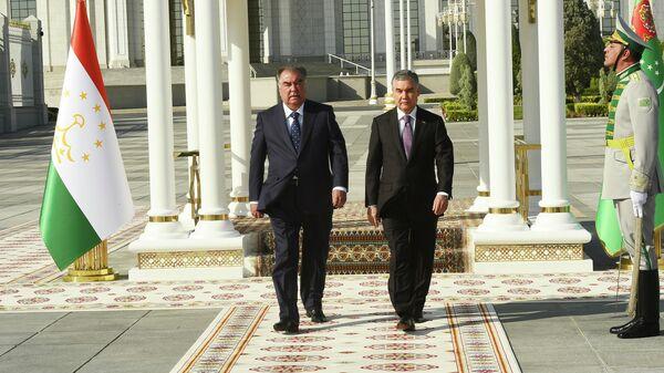 Эмомали Рахмон президент Таджикистана, и Гурбангулы Бердымухамедов президент Туркменистана - Sputnik Тоҷикистон