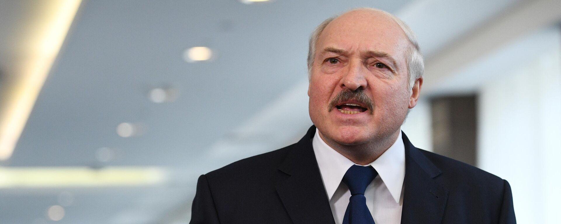Президент Белоруссии Александр Лукашенко - Sputnik Таджикистан, 1920, 05.08.2021