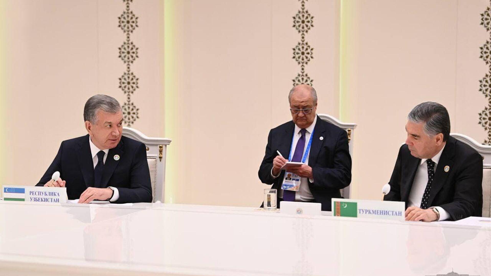 Президент Узбекистана выступил на Консультативной встрече глав государств Центральной Азии - Sputnik Тоҷикистон, 1920, 05.10.2021