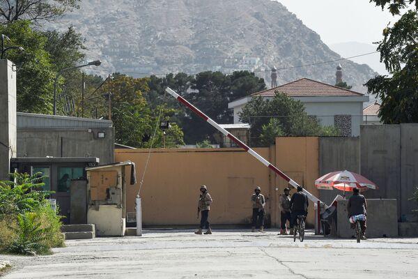 """События в Кабуле начали развиваться внезапно. В ряде районов заметили талибов. Как оказалось, это были """"спящие ячейки"""". - Sputnik Таджикистан"""