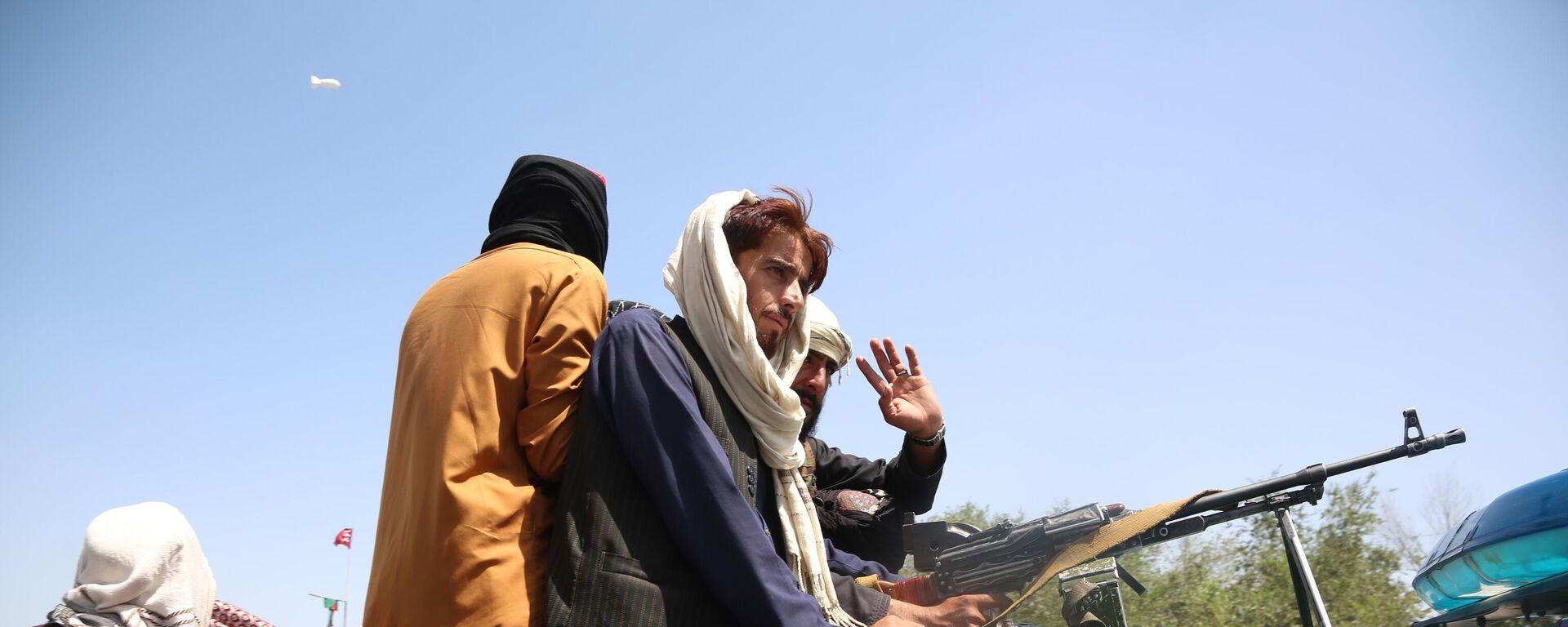 Боевики движения Талибан (террористическая организация, запрещена в России) в Кабуле - Sputnik Тоҷикистон, 1920, 24.08.2021