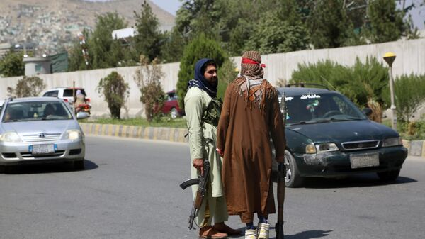 Боевики движения Талибан (террористическая организация, запрещена в России) в Кабуле - Sputnik Тоҷикистон