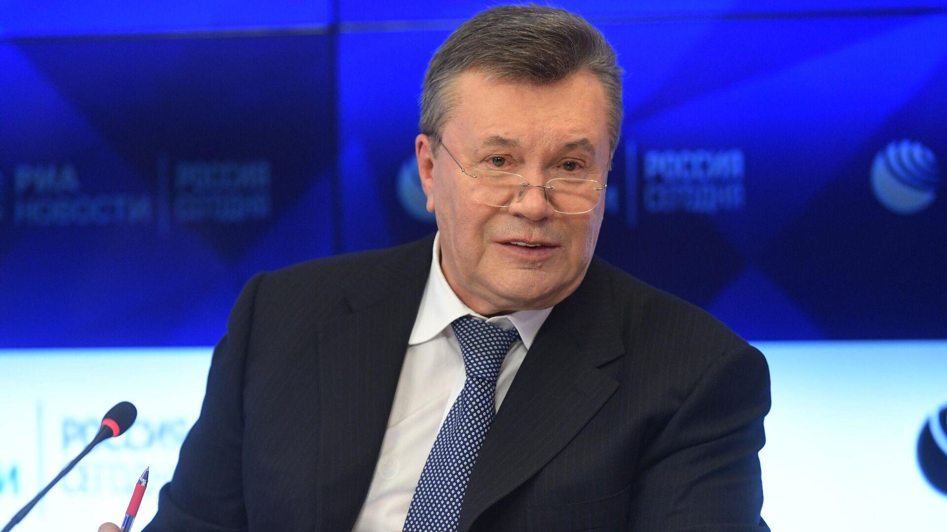 Бывший президент Украины Виктор Янукович  - Sputnik Тоҷикистон, 1920, 17.08.2021