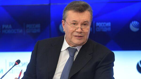 Бывший президент Украины Виктор Янукович  - Sputnik Тоҷикистон