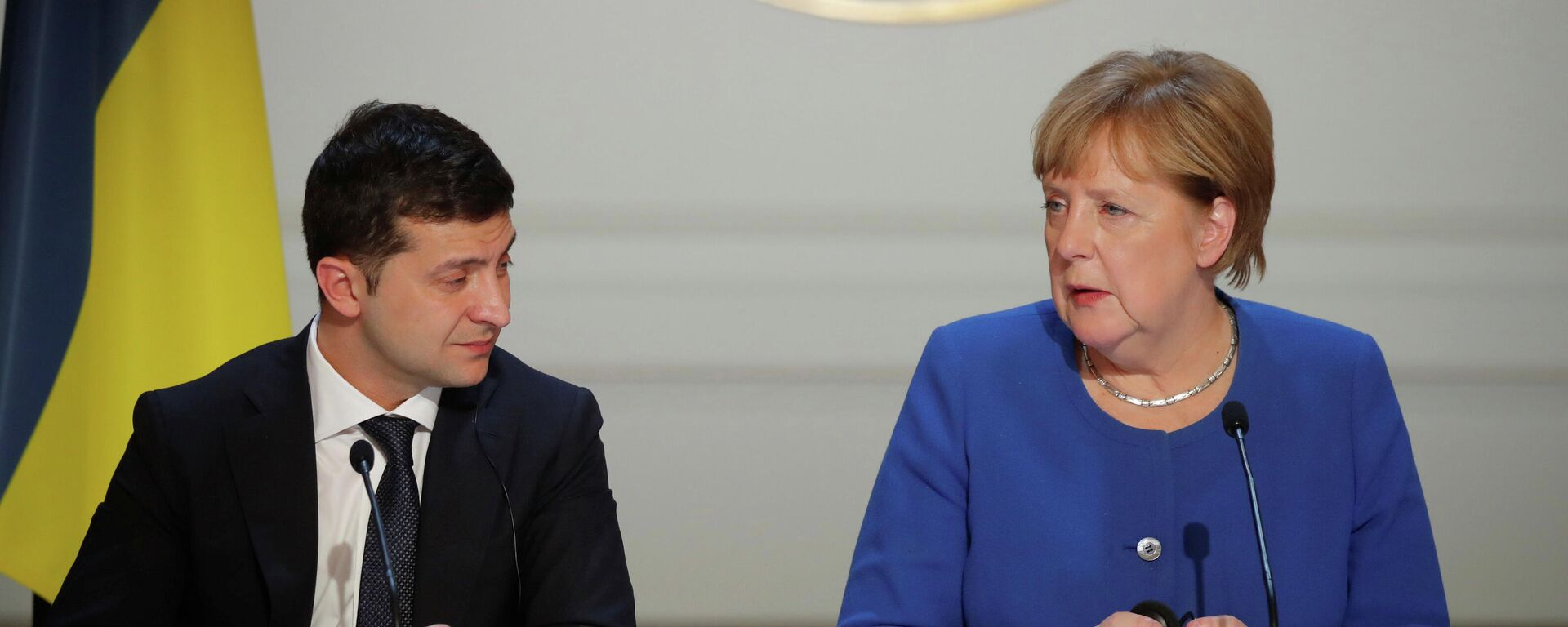 Канцлер Германии Ангела Меркель и президент Украины Владимир Зеленский - Sputnik Таджикистан, 1920, 17.08.2021