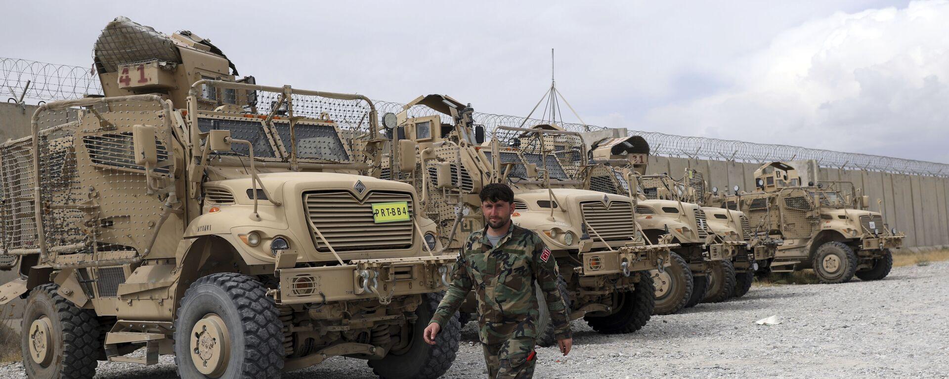 Американские бронемашины MRAP на базе Баграм в Афганистане  - Sputnik Тоҷикистон, 1920, 01.09.2021