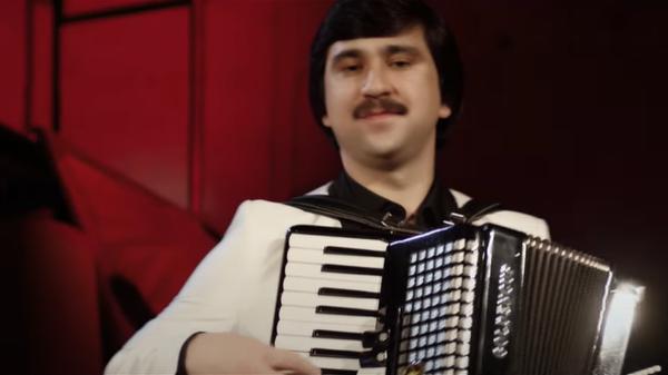 Таджикский певец Мухаммадрофе Кароматулло, заслуженный артист Таджикистана  - Sputnik Таджикистан