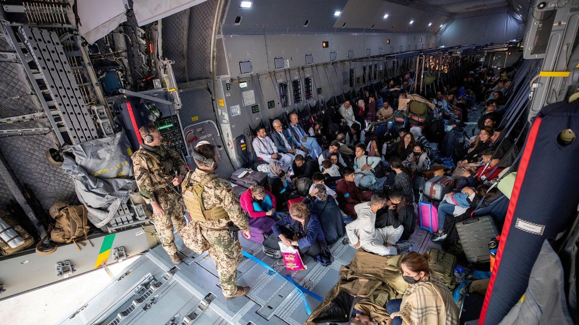 Эвакуированные из Афганистана, Узбекистан - Sputnik Таджикистан, 1920, 25.08.2021
