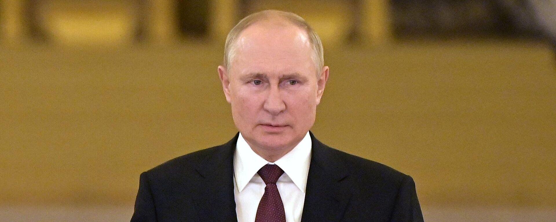 Президент РФ Владимир Путин - Sputnik Тоҷикистон, 1920, 25.08.2021