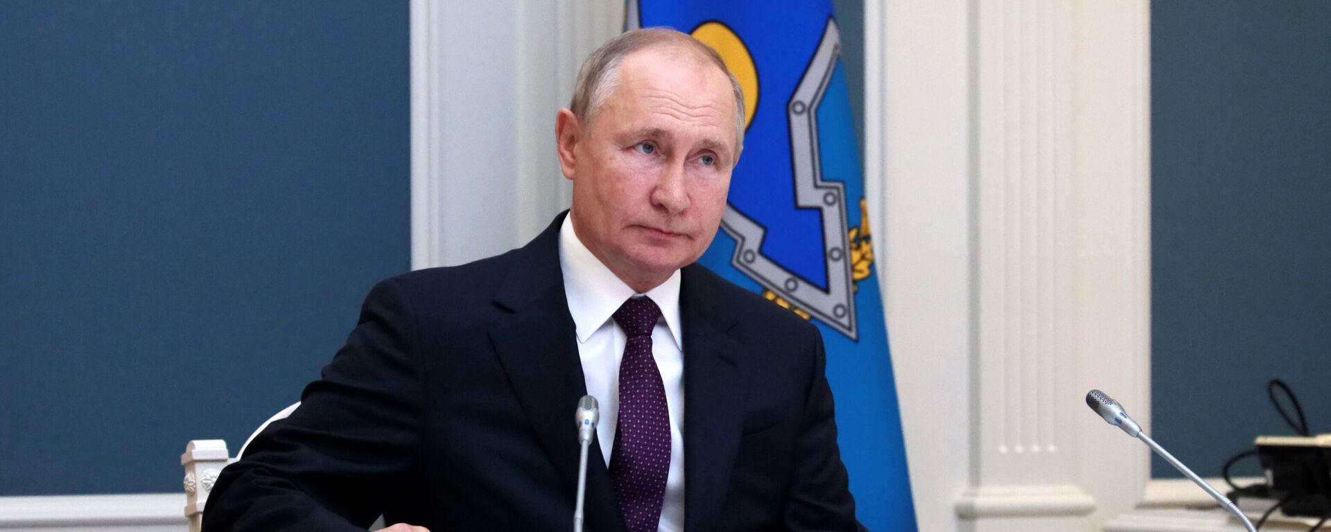 Президент РФ В. Путин - Sputnik Таджикистан, 1920, 16.09.2021
