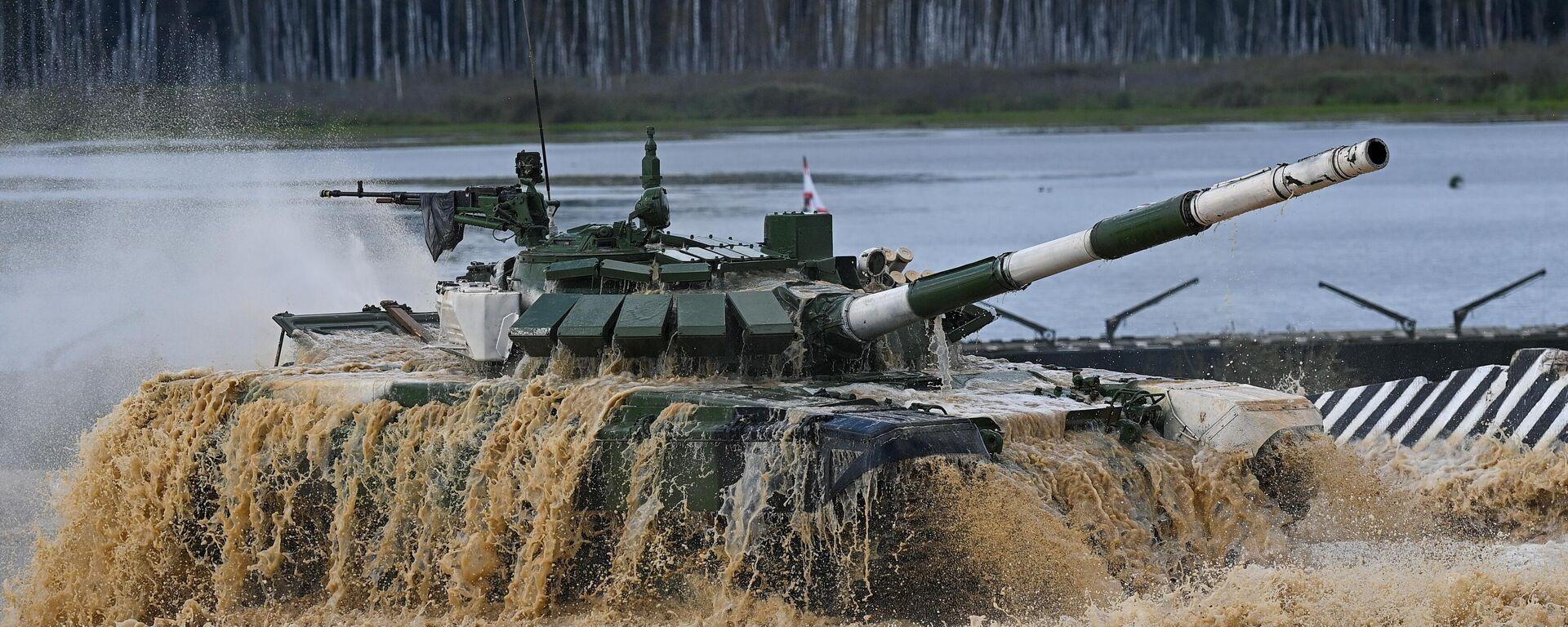 Танк Т-72Б3 команды военнослужащих Таджикистана - Sputnik Таджикистан, 1920, 24.08.2021