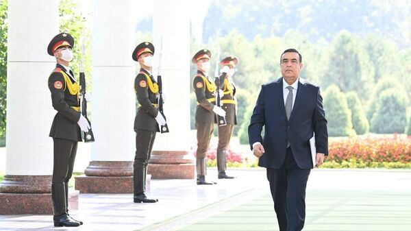 Президент Узбекистана принял посла Республики Таджикистан Абдужаббора Рахмонзода - Sputnik Таджикистан