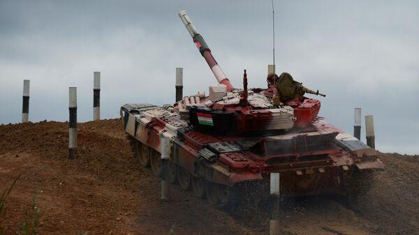 Форум Армия-2021. Танковый биатлон. Финал - Sputnik Таджикистан