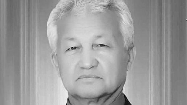 Бободжон Юсуфджонов - известныq дойрист Таджикистана - Sputnik Таджикистан