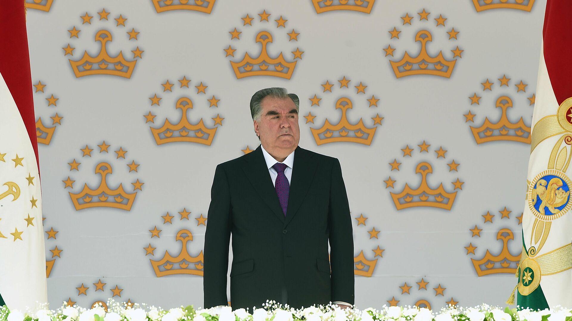 Президент Республики Таджикистан Эмомали Рахмон - Sputnik Тоҷикистон, 1920, 08.09.2021