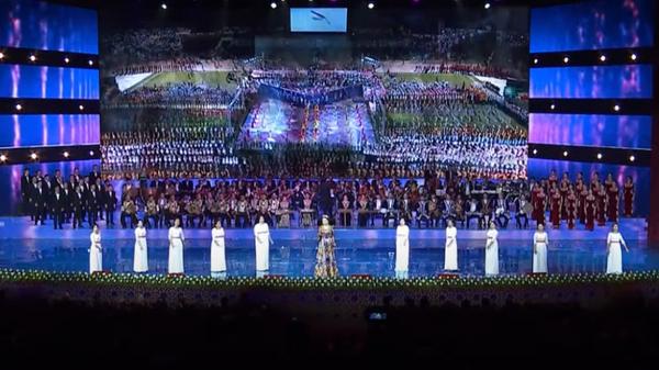Концерт в честь Дня независимости Таджикистана в киноконцертном комплексе Кохи Борбад - Sputnik Таджикистан