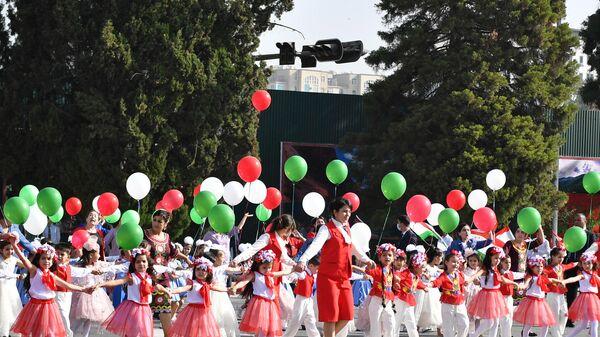 Парад в Душанбе в честь 30-летия государственной независимости Республики Таджикистан - Sputnik Таджикистан