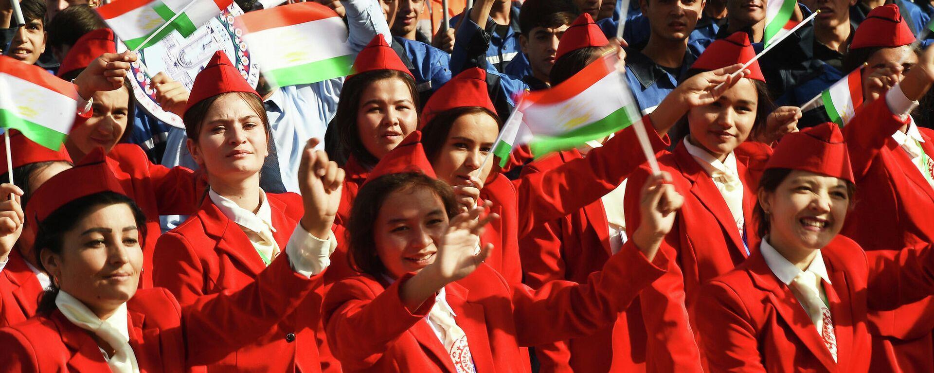 Парад в Душанбе в честь 30-летия государственной независимости Республики Таджикистан - Sputnik Таджикистан, 1920, 09.09.2021