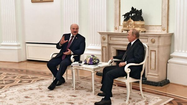 Президент РФ Владимир Путин и президент Белоруссии Александр Лукашенко - Sputnik Тоҷикистон