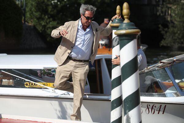 Режиссер Паоло Соррентино прибывает на открытие 78-го Венецианского кинофестиваля. - Sputnik Таджикистан
