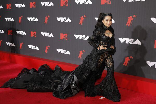 Певица Белла Порч на MTV Video Music Awards 2021. - Sputnik Таджикистан