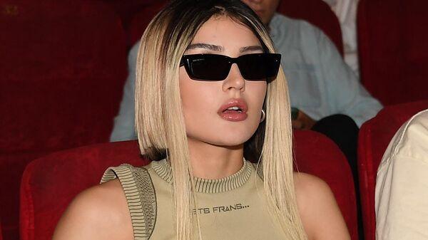 Блогер Дина Саева на премьере фильма в кинотеатре Октябрь. - Sputnik Таджикистан