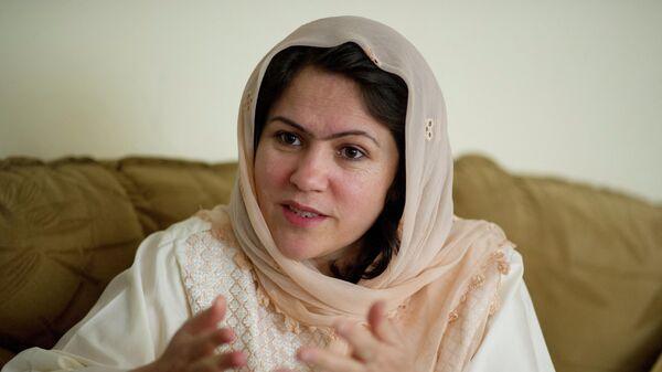 Ведущая защитница прав афганских женщин, писательница, бывший представитель Бадахшана Афганистана в парламенте страны Фавзия Куфи - Sputnik Тоҷикистон