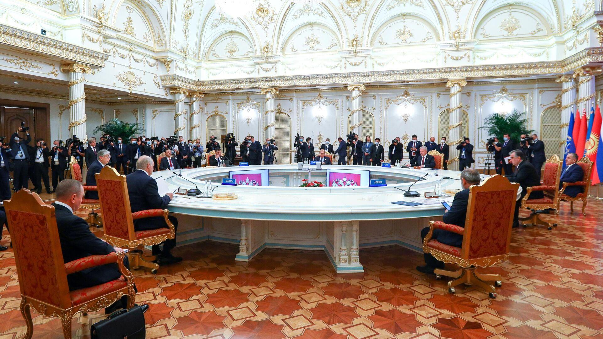 Заседание Совета коллективной безопасности Организации Договора о коллективной безопасности (ОДКБ) - Sputnik Таджикистан, 1920, 16.09.2021