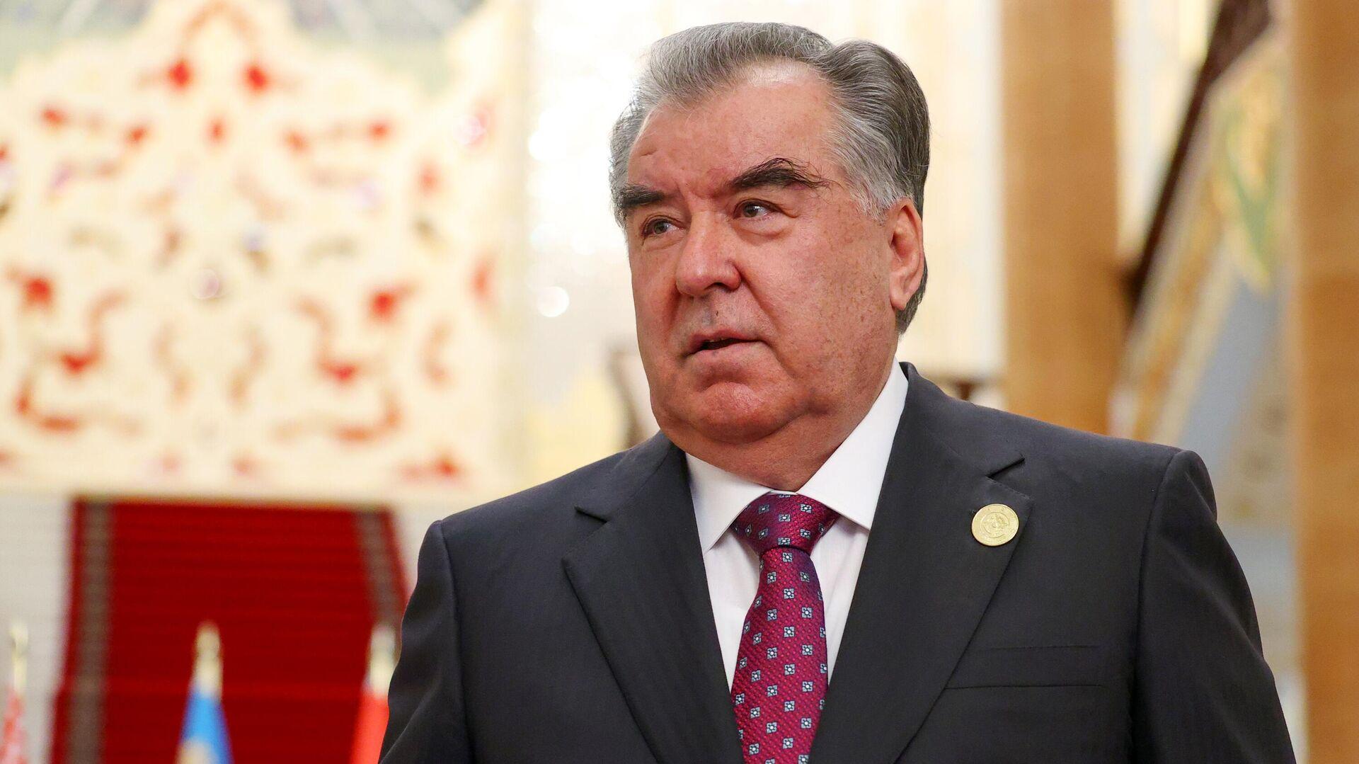 Президент Таджикистана Эмомали Рахмон - Sputnik Тоҷикистон, 1920, 02.10.2021
