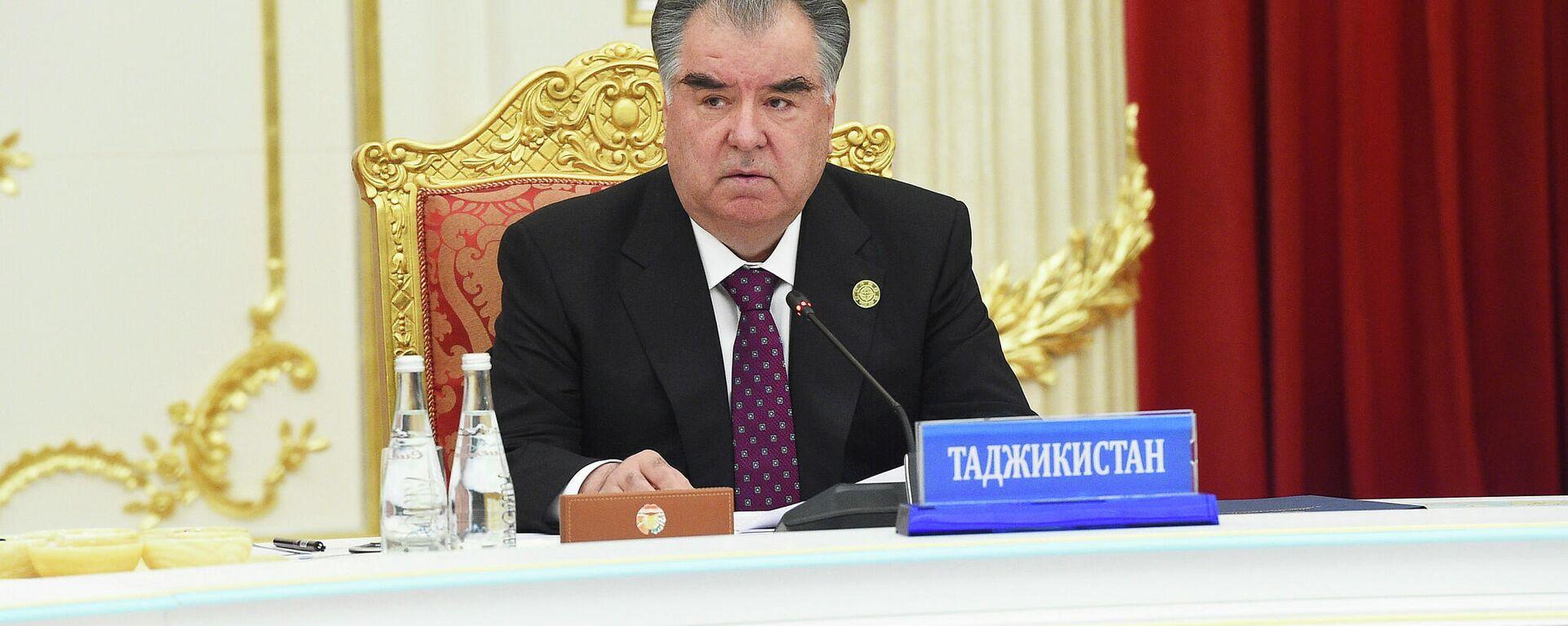 Президент Таджикистана Эмомали Рахмон - Sputnik Тоҷикистон, 1920, 17.09.2021