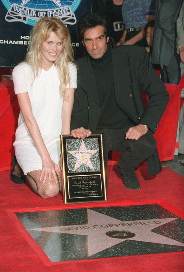 В 1995-м на Аллее Славы в Голливуде была открыта звезда Дэвида Копперфильда. - Sputnik Таджикистан