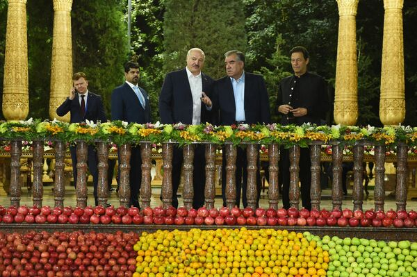 Неформальный ужин глав государств ШОС в Душанбе состоялся в Доме правительства - городской резиденции президента.  - Sputnik Таджикистан