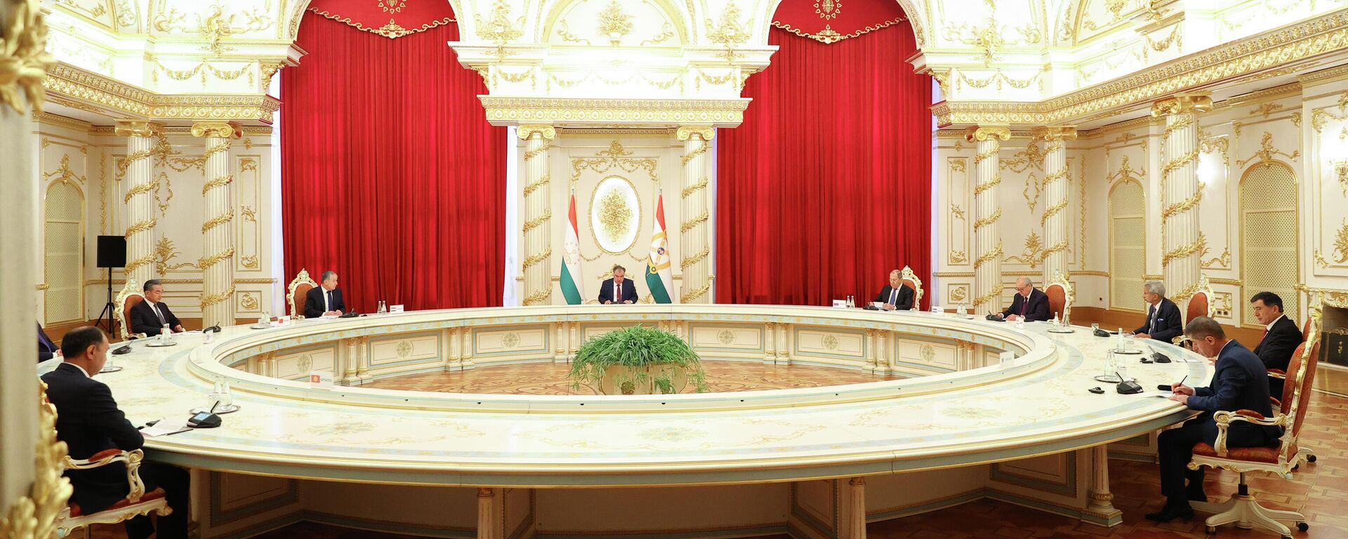 Заседание Совета министров иностранных дел государств - членов ШОС - Sputnik Тоҷикистон, 1920, 17.09.2021