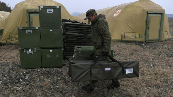 Развертывание российскими военными полевого госпиталя, архивное фото - Sputnik Таджикистан