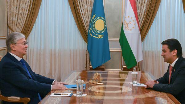 Глава государства Казахстана принял председателя Маджлиси милли Маджлиси Оли Таджикистана Рустами Эмомали - Sputnik Таджикистан