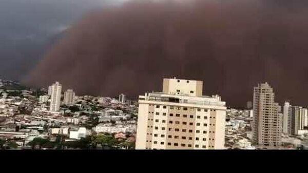 Пыльная буря в Бразилии - Sputnik Таджикистан