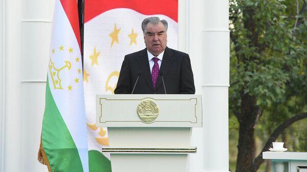 Эмомали Рахмон прибыл с рабочим визитом в ГБАО - Sputnik Таджикистан