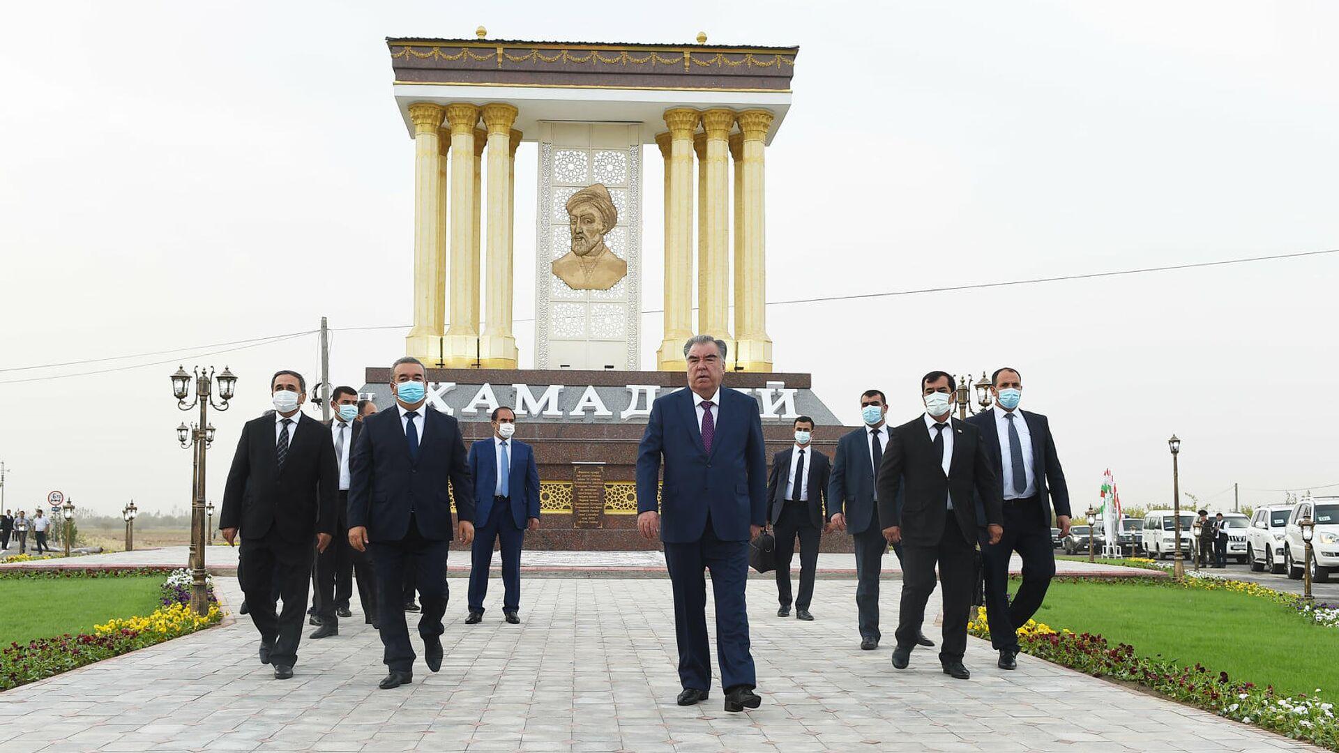 Президент Республики Таджикистан Эмомали Рахмон - Sputnik Тоҷикистон, 1920, 01.10.2021